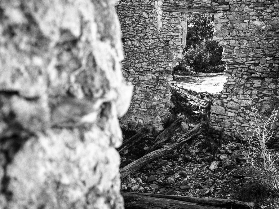 01_Ruine_aiguier Auribeau_004_©_David Tatin